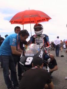 Jorge Navarro en la parrilla de salida, en la carrera de su victoria