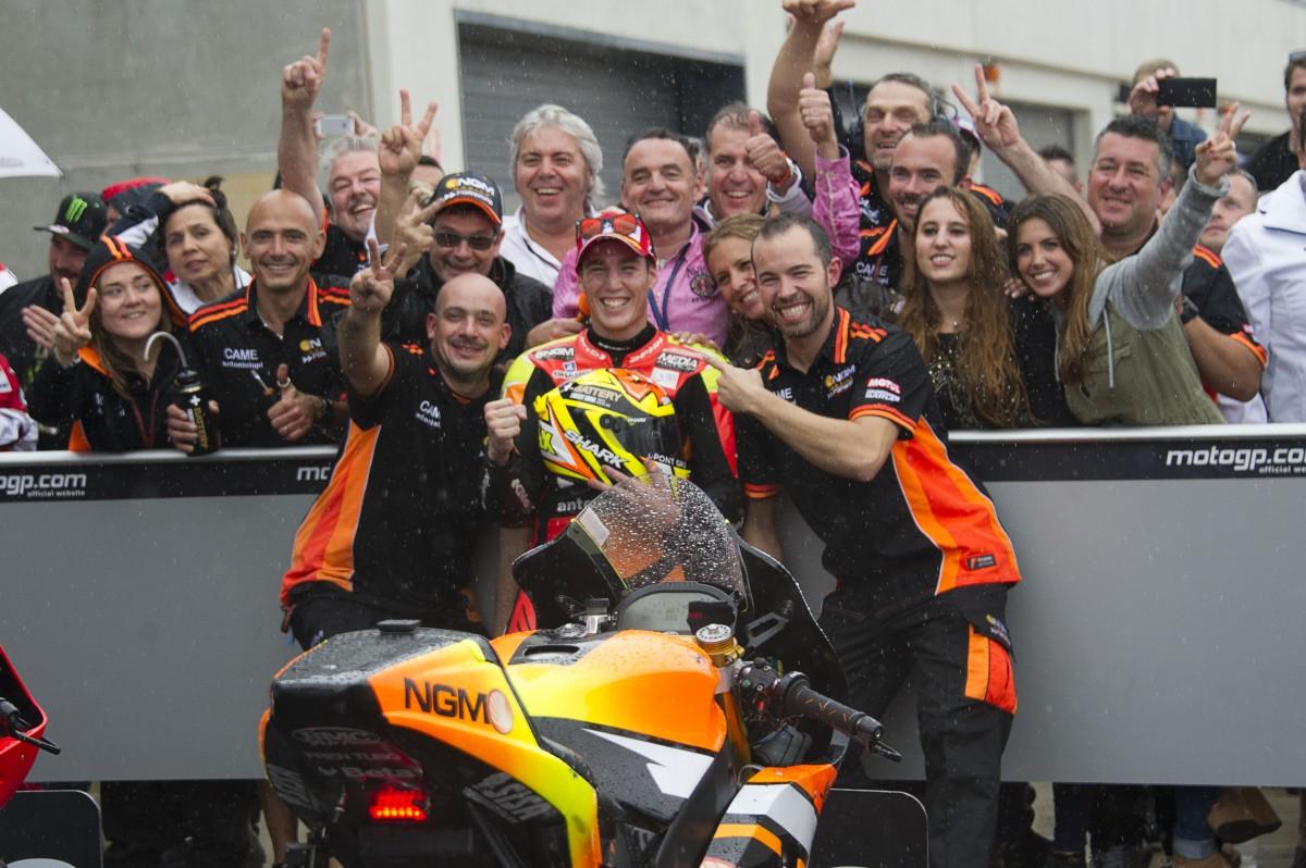 El trabajo en equipo le ha traído hasta el segundo peldaño del podio