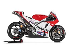 35-Ducati_MotGP_Team_2015_34_Dovizioso