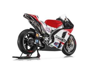 36-Ducati_MotGP_Team_2015_33_Dovizioso