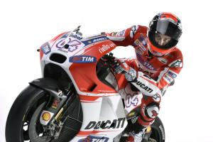 47-Ducati_MotGP_Team_2015_22_Dovizioso