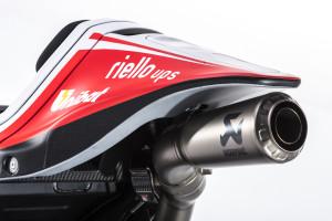 5-Ducati_MotGP_Team_2015_64
