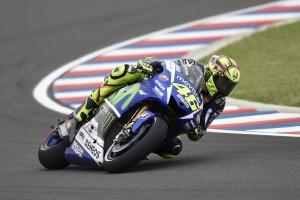 Rossi con dudas sobre los neumáticos