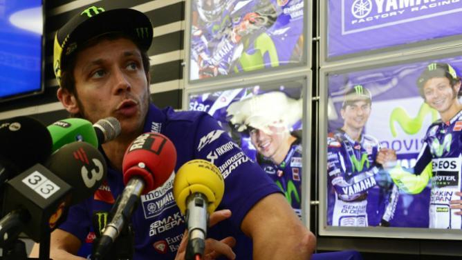 Rossi, con una sonrisa, ha sacado el látigo