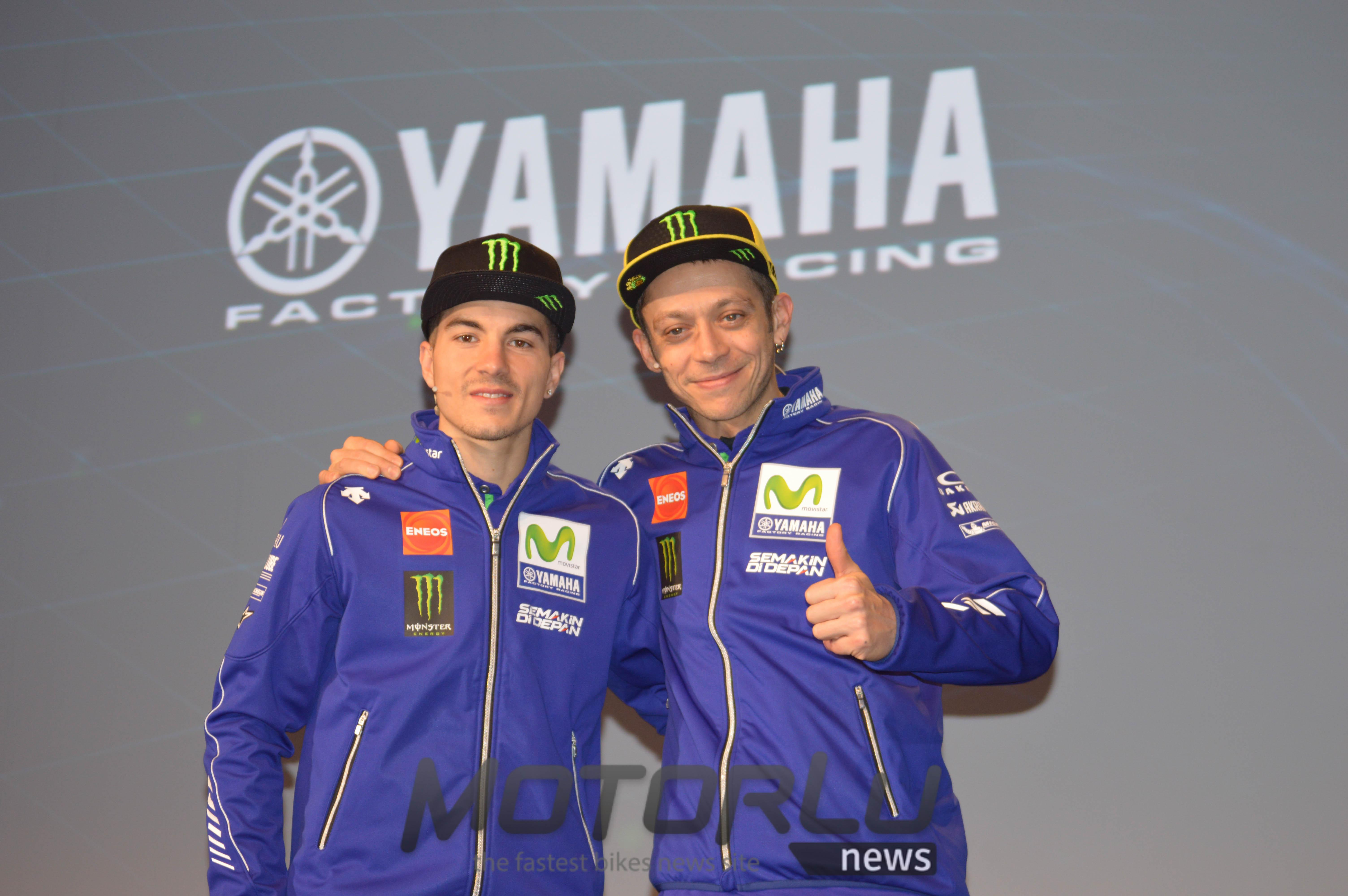 El Movistar Yamaha se presenta y presenta a Maverick