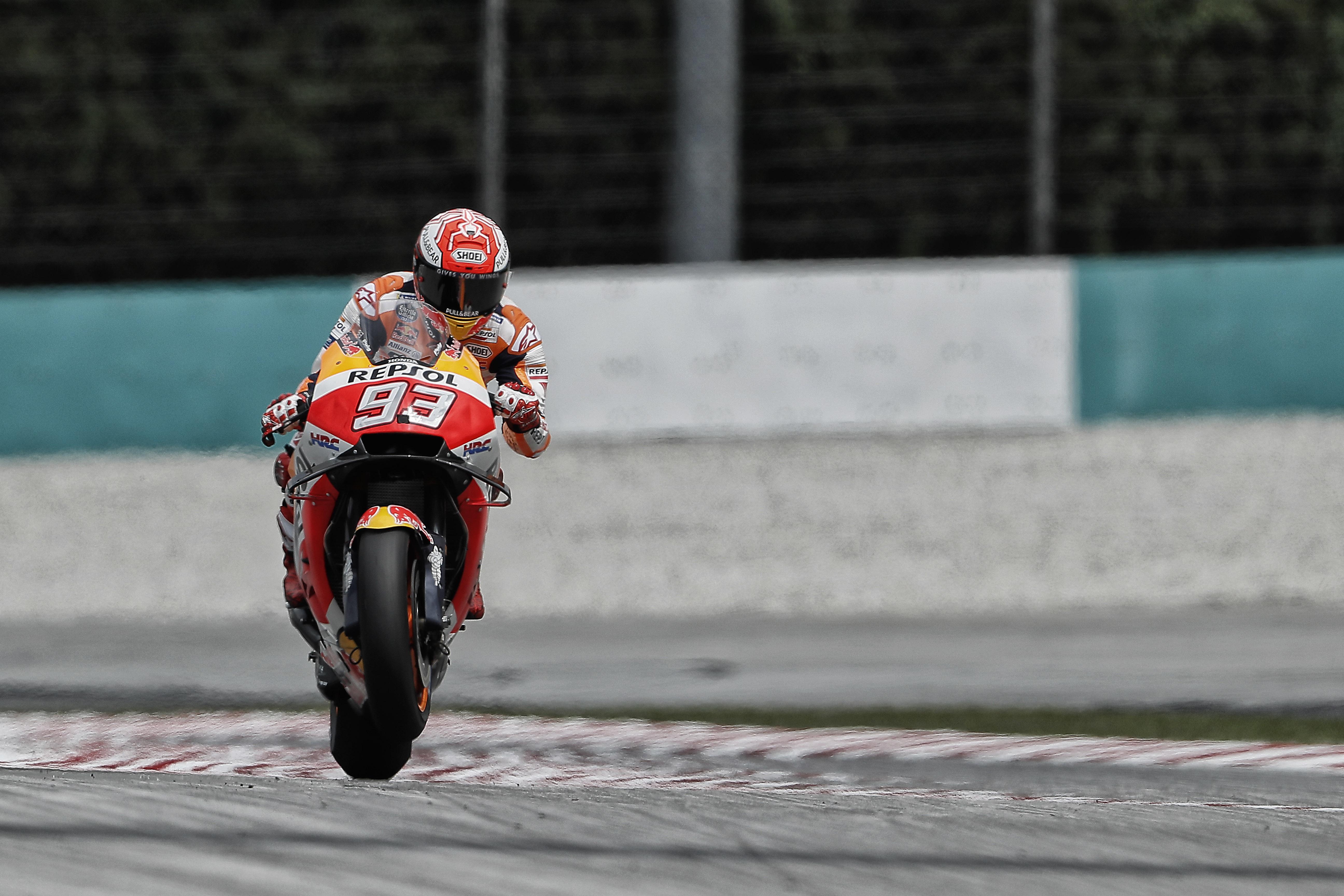 Marc Márquez se apunta una nueva pole ante las Yamaha