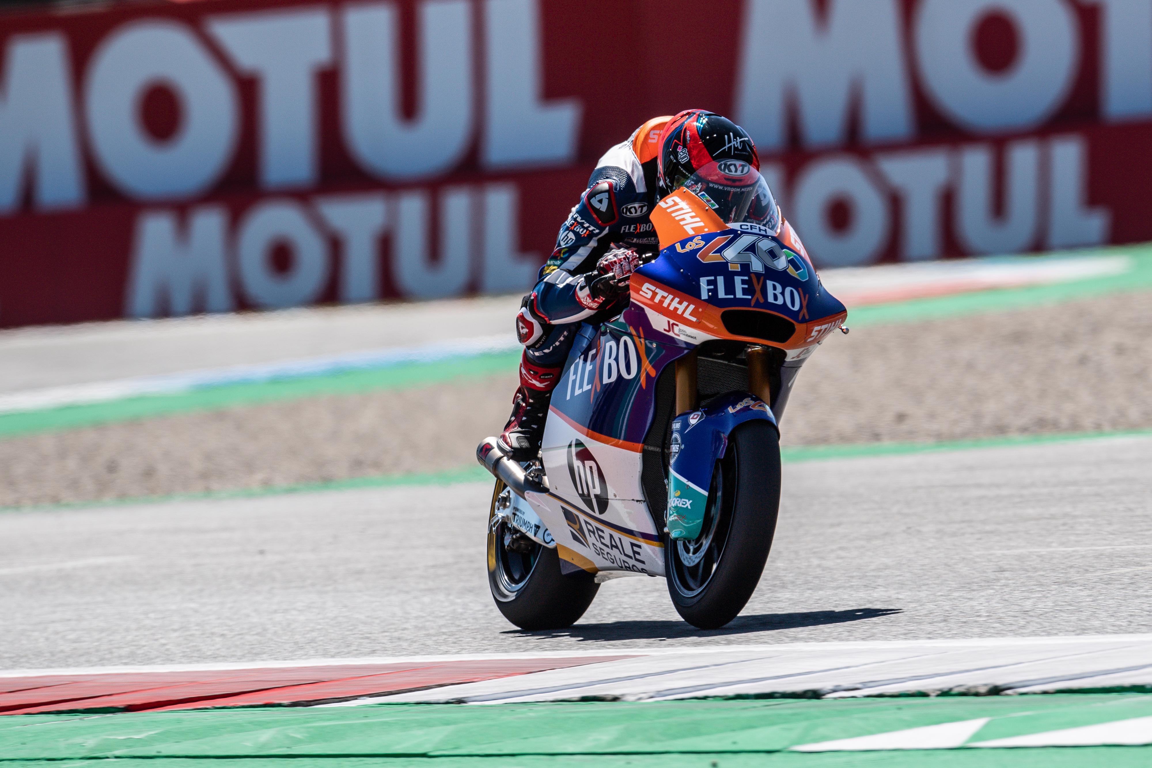 Augusto Fernández brilla en la épica carrera del GP de Assen