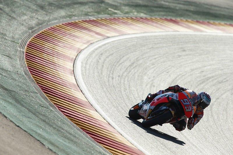 Márquez vence en Aragón pero Michelin vuelve a ser el centro de la noticia