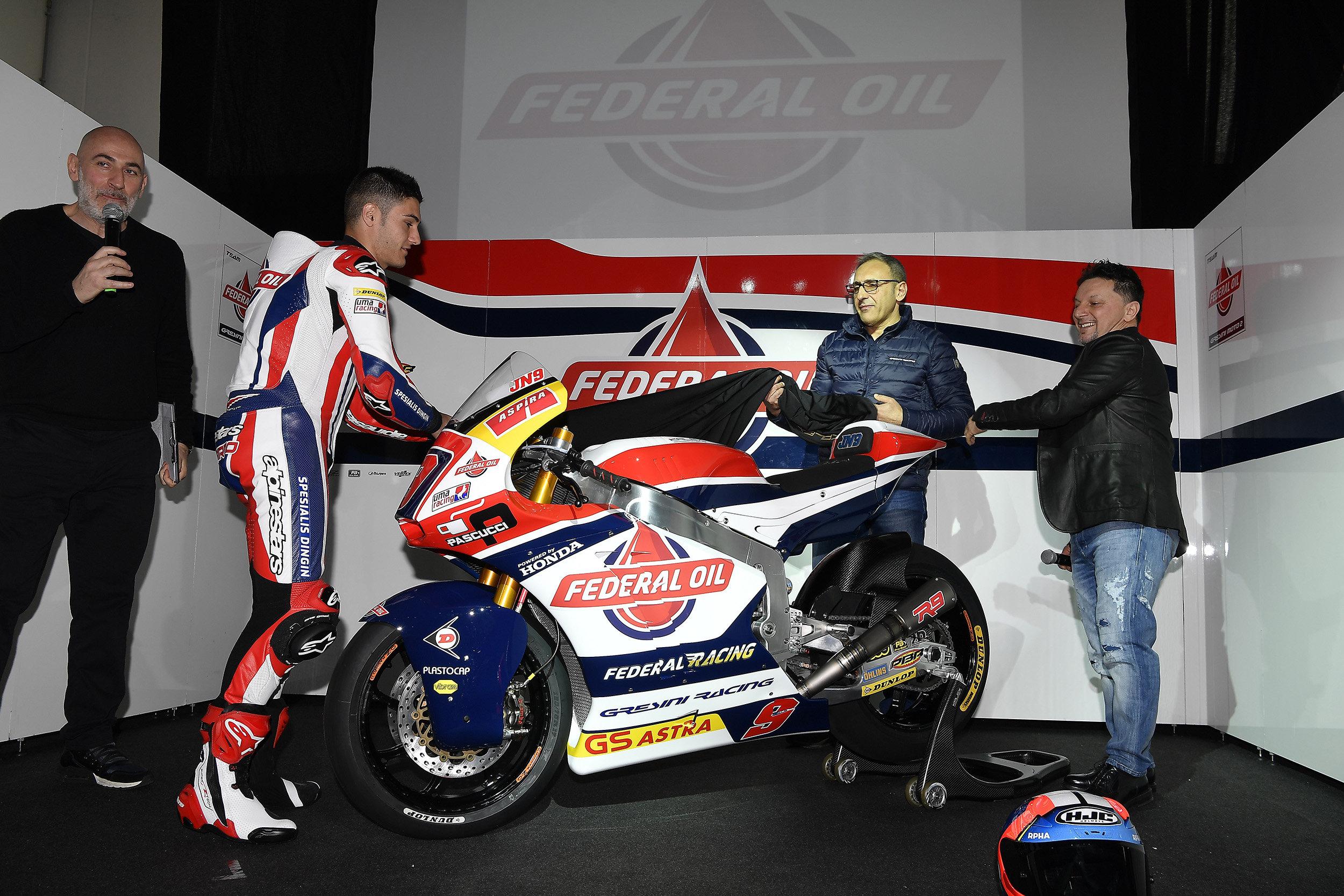 Navarro presentado como piloto del Gresini Moto2
