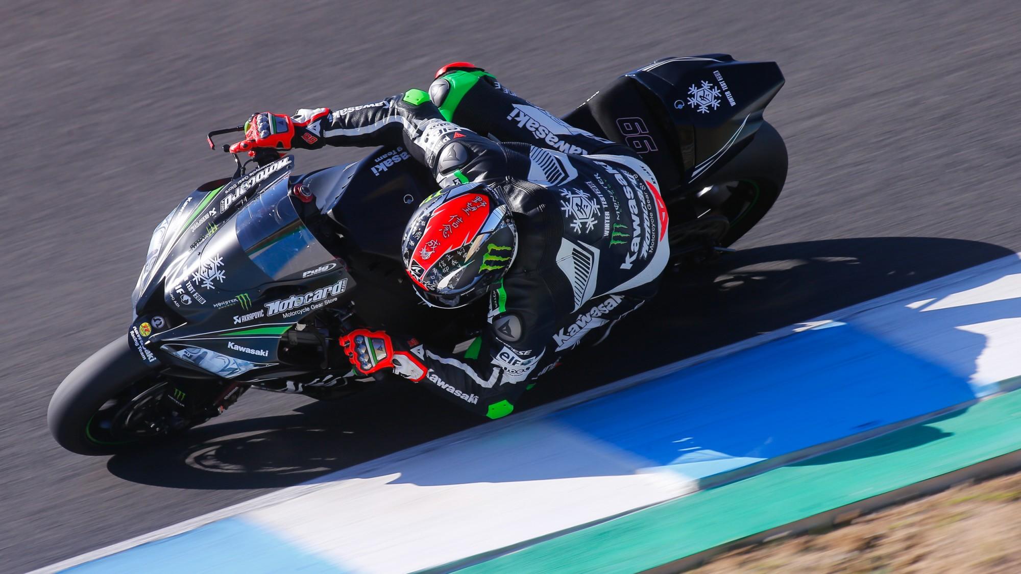 Test de Jerez de Superbikes. Tom Sykes se impone a Jonathan Rea, debuta Forés