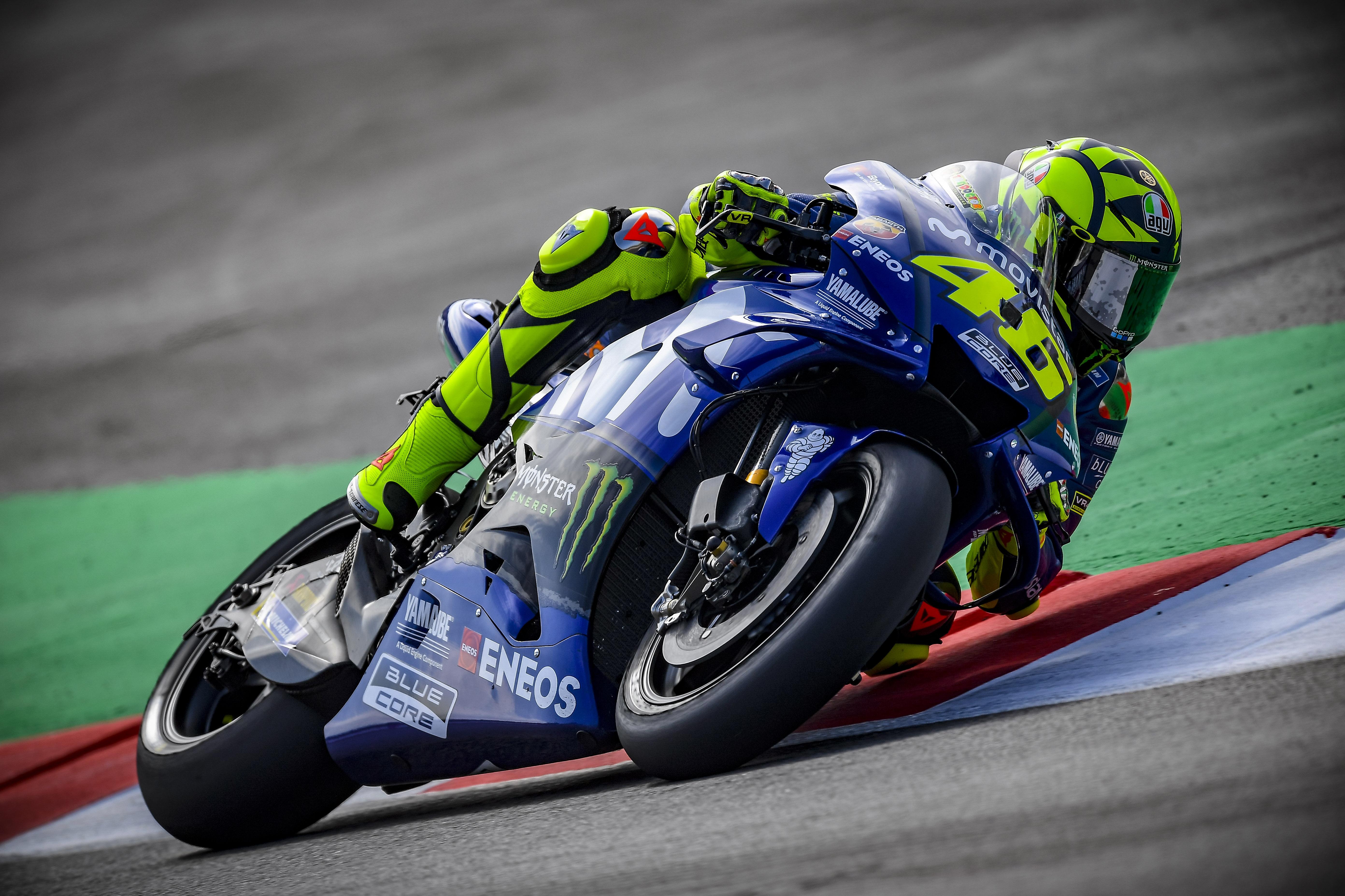 Valentino Rossi no se conforma con la tercera plaza