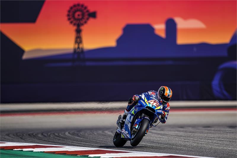 Álex Rins se gradúa en el GP de las Américas con su primera victoria en MotoGP