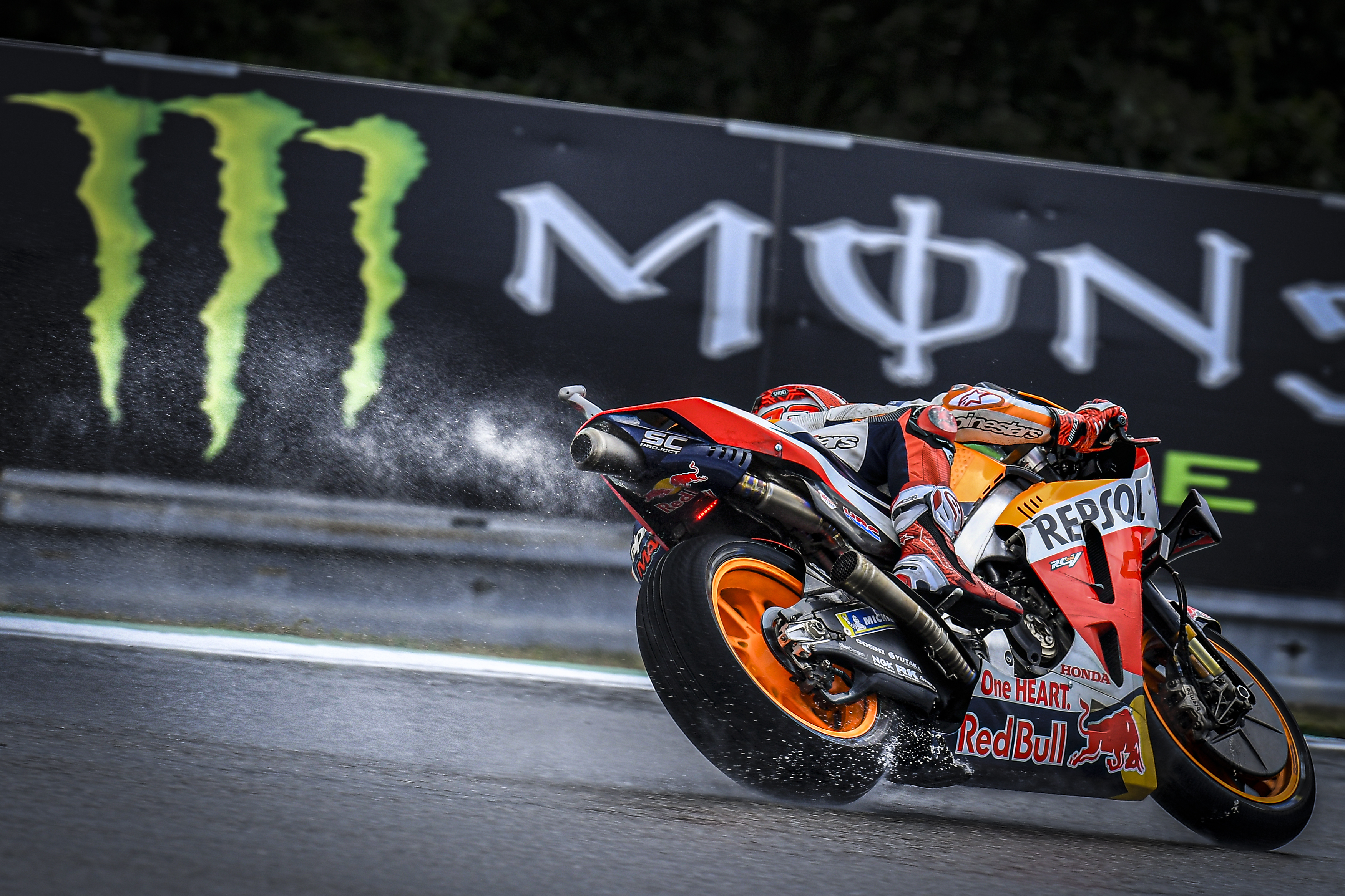 Monster Energy Grand Prix České republiky – Resumen del Sábado