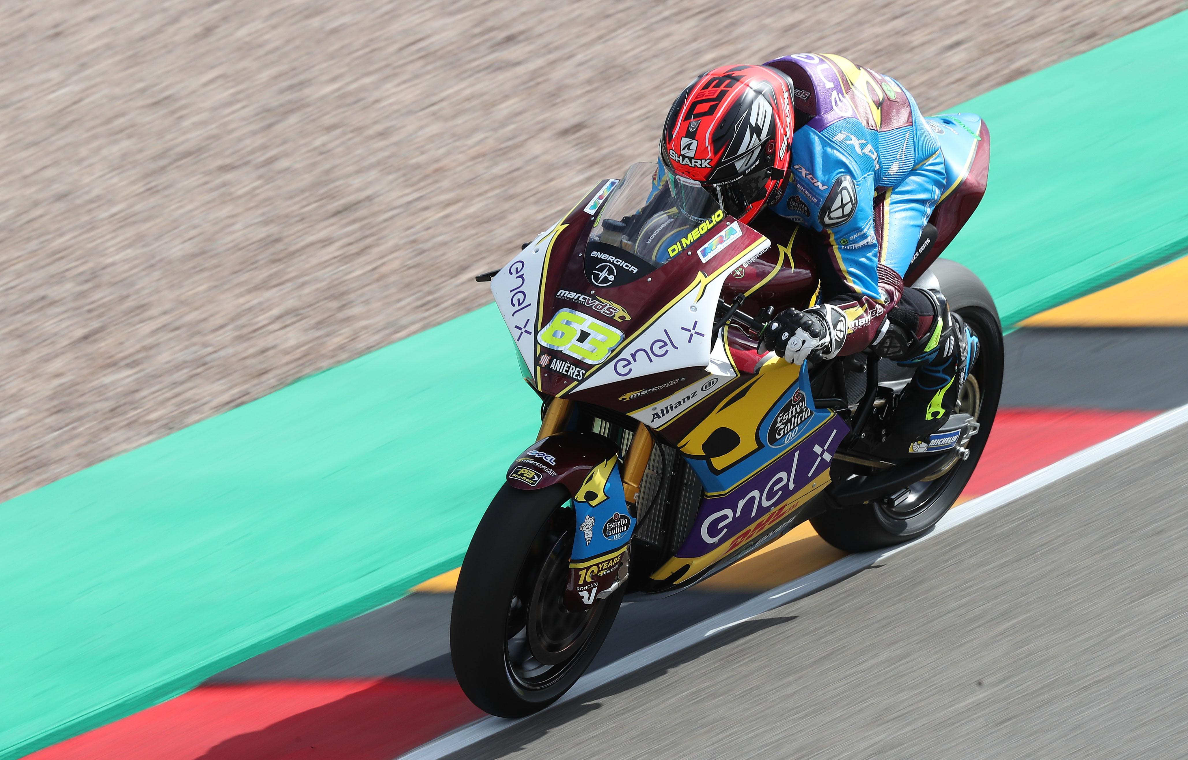Emocionante triunfo en lluvia de Mike Di Meglio en la segunda carrera de MotoE
